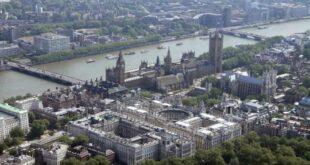 Влада Велике Британије објавила шокантан извештај о нуспојавама вакцинисања