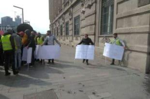 Протест страних радника због неисплаћених плата испред седишта Београда на води