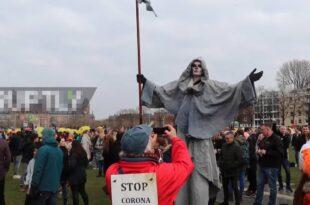 Европа пред експлозијом народног беса! У Холандији хиљаде људи протествовало против корона-мера (видео)
