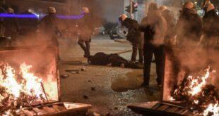 Грцима додијала корона! Нереди у Атини због короне и полицијске бруталности! (видео)