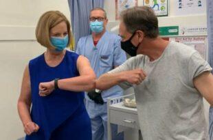 Аустралијски министар здравља примио вакцину AstraZeneca и после два дана завршио у болници