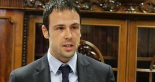Вучић избегао да одговори на питање о вези генералног секретара владе Недића и Беливукове групе