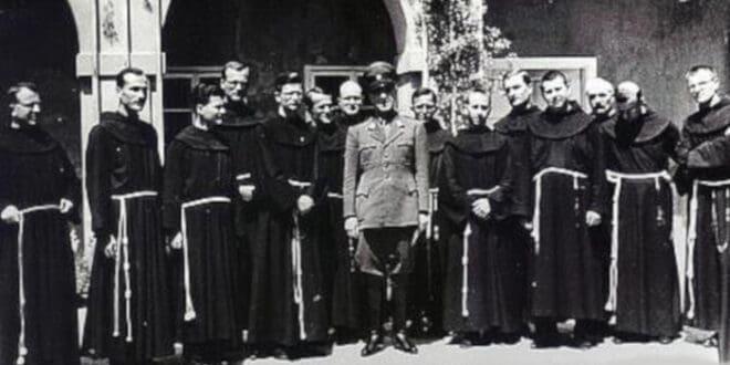 КАРЛХАЈНЦ ДЕШНЕР: Злочини усташа су дјело Римске цркве!