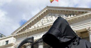 Шпанија легализовала еутаназију, закон ступа на снагу у јуну