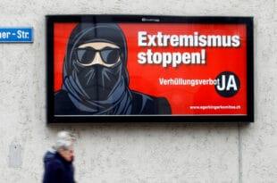 Швајцарци на референдуму подржали забрану ношења никаба и бурки