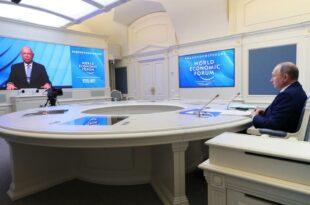 Владимир Путин: Прети нам крах у светском развоју испуњен борбом свих против свих