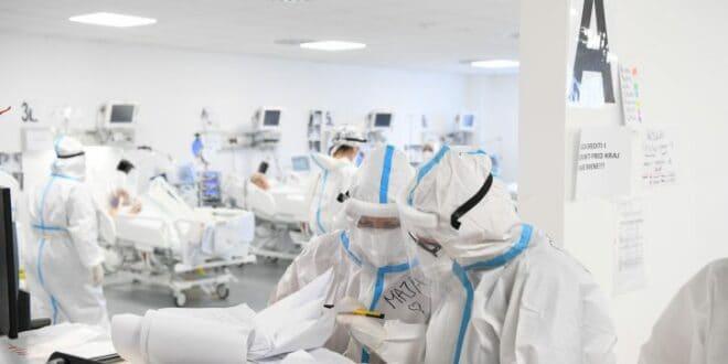 """Од тих 7.500 људи """"вишка"""" умрлих колико је лечено у болницама и колико их је било на респиратору?"""