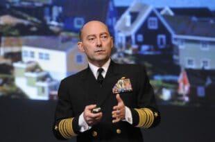 Адмирал Ставридис: НАТО неће помоћи Украјини коју ће Русија брзо поразити