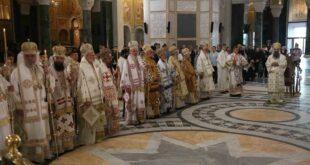 Сабор СПЦ укинуо Епископски савет у ЦГ и изразио забринутост због нових закона у Србији