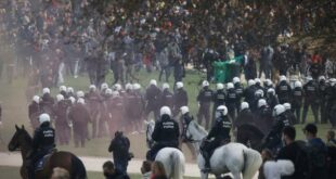 Сузавац, пендреци и водени топови против анти-корона мера и репресије у Бриселу (видео)