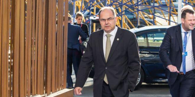 Русија неће подржати Kристијана Шмита за новог високог представника у БиХ