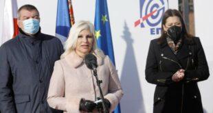 Како су НАПРЕДНЕ ЕКОНОМСКЕ УБИЦЕ и БУДАЦИ уништили електро-привреду Србије
