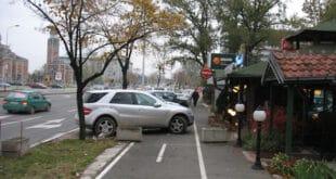 ДЕРЕ МУСА (ВЕСИЋ) ЈАРЦА: Возачи у Београду шокирани због нових казни – 25.000 за непрописно паркирање