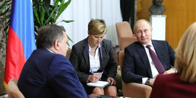 Додик: Српска ће замолити Москву и Пекинг да ставе вето на именовање новог високог представника