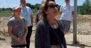 Београд: Глумица Светлана Бојковић својим телом спречила камион да на Бари Реви истовари грађевински отпад