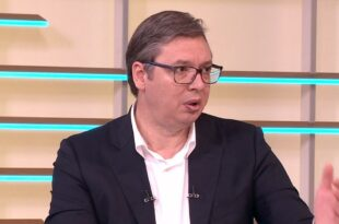 Вулетић стигао у тужилаштво: Испитајте Вучића о педофилији