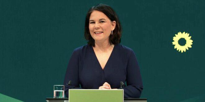 Aналена Бербок и званично кандидат Зелених за канцеларку Немачке на парламентарним изборима у септембру