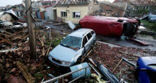 Разорни торнадо паралисао Чешку, 200 повређених, броје се жртве (видео)