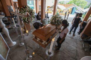 Брутална предизборна кампања у Мексику: Убијен 91 политичар