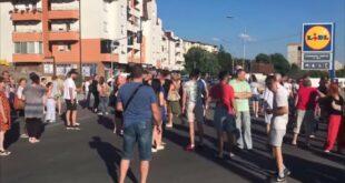 Младеновчани блокирали град јер 10 дана немају воду! (видео)