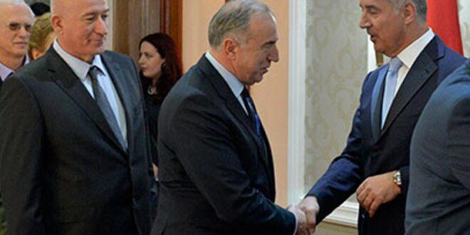 Докле ће бре Србија и Срби да трпе иживаљавање монтенегринске нарко мафије над СПЦ?!