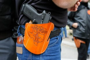 У Тексасу усвојен закон којим се дозвољава ношење оружја на јавним местима, чак и без дозволе