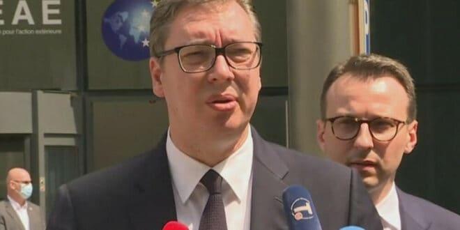 Издајничка фукара са шиптарским терористима склопила 48 споразума од којих српска јавност НИЈЕ ВИДЕЛА НИ ЈЕДАН!