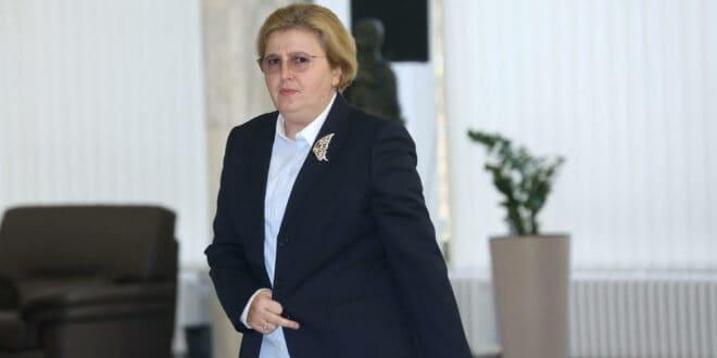 Загорка Доловац је поред Вучића главни генератор ендемске корупције и организованог криминала у Србији!