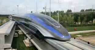 Хиљаду километара за два и по сата: Кина лансирала најбржи воз на свету (видео)