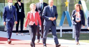 """""""Маршал Твито"""" наљутио потпредседника ЕК због подршке Орбану и Мађарима"""