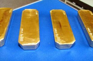 Злато из Бора смо поклонили Кинезима, а сад га купујемо од њих и то само онда кад је цена највиша! (видео)