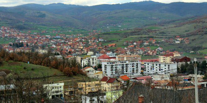 Дечак српске националности нападнут у центру Косовске Каменице