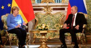 Меркел у Кремљу – у посети која је много више од опроштајне