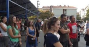 Турски радници нападају жене и децу у Борчи, народ блокирао Зрењанински пут! (видео)