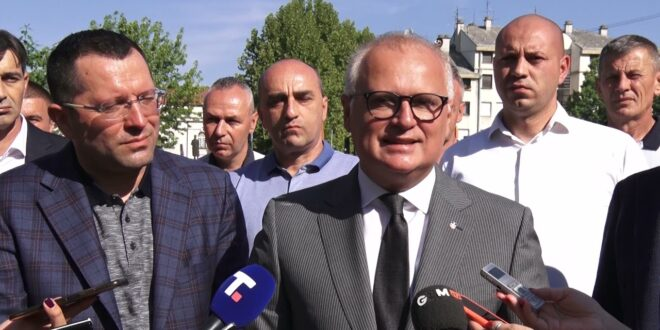 Весић обмањује грађане Лазаревца или законе Републике Србије