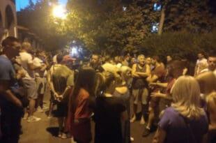Побуна на Петловом брду: Мигранти нападали децу, народ изашао на улице! (видео)