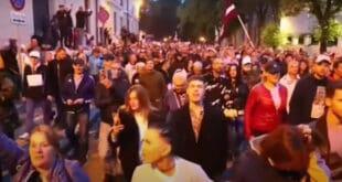 Протести у Летонији против обавезне вакцинације