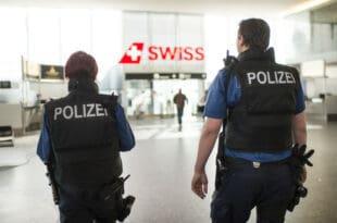 Швајцарска полиција стала уз народ: Нећемо спроводити ковид мере! Власт им прети