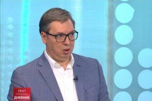 АЛЕКСАНДАР ВУЧИЋ: Невакцинисани људи су будале!