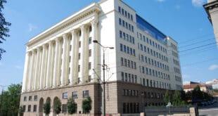 Одлука Врховног суда у корист банака доказ да је све захваћено канцером корупције