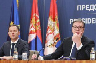 Вучић у једном дану задужио Србију близу 2 милијарде евра