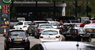 Британске рафинерије пред колапсом, на бензинским пумпама километарске колоне (видео)