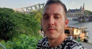 """Фахрудин Кахровић који је држао таоце у """"Ластином"""" аутобусу саслушан, терети се за покушај убиства"""