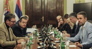 """Отпочела нова рунда дијалога режима и """"опозиције"""" без посредовања странаца, присуствује и политичко крило нарко-мафије"""