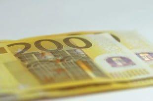Колико дуго може да се живи са хиљаду евра у Србији а колико у другим земљама?
