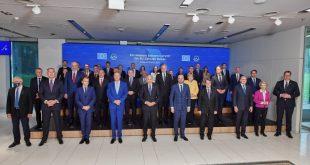 КРЕТЕНИЗАМ! Комесари ЕУ Паганије остали без струје и гаса па гурају зелену агенду на Балкан?!
