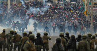 Хаос због поскупљења горива: Демонстранти на улицама, блокаде на путевима у Еквадору, има повређених (видео)